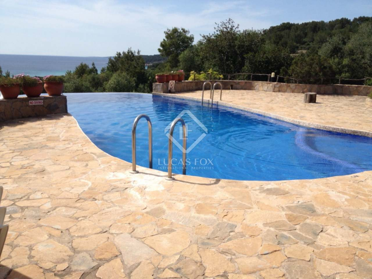 House For Sale In Santo Tomas Menorca - Incredible swimming pool cost 2000000