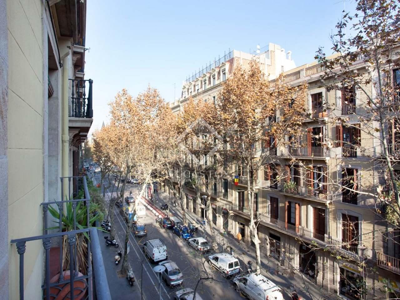 apartamento de 6 dormitorios en venta en el born en el casco antiguo de barcelona. Black Bedroom Furniture Sets. Home Design Ideas