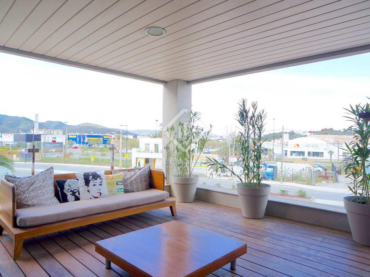 109m wohnung mit 26m terrasse zum verkauf in ibiza stadt. Black Bedroom Furniture Sets. Home Design Ideas