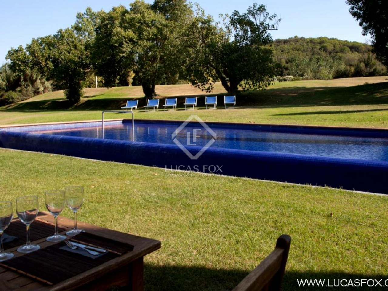 Hotel For Sale In The Baix D 39 Emporda In Girona Province