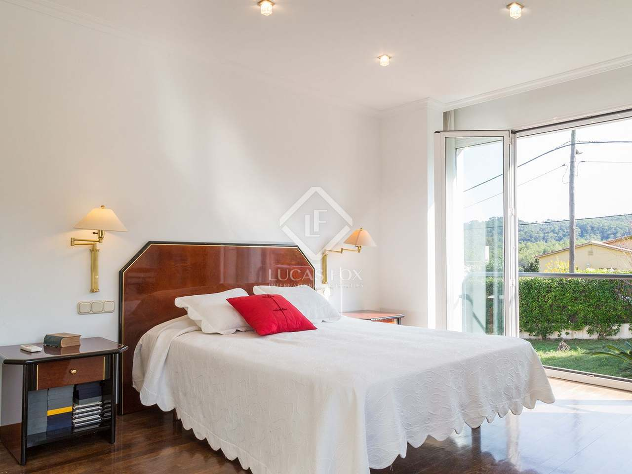 Casa en alquiler en valldoreix sant cugat for Alquiler casa jardin barcelona
