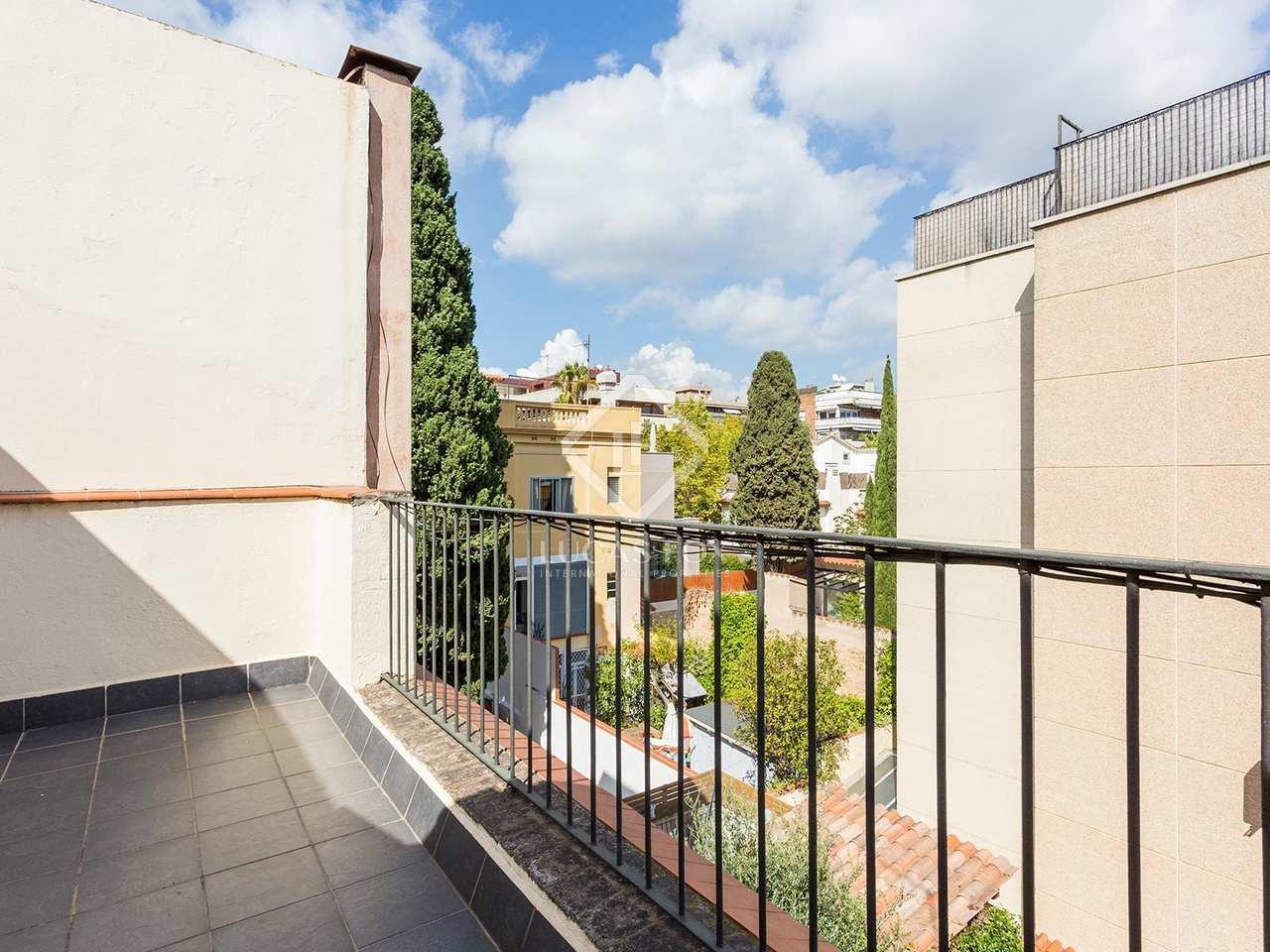 Casa de 3 dormitorios en alquiler en tres torres - Casa torres barcelona ...