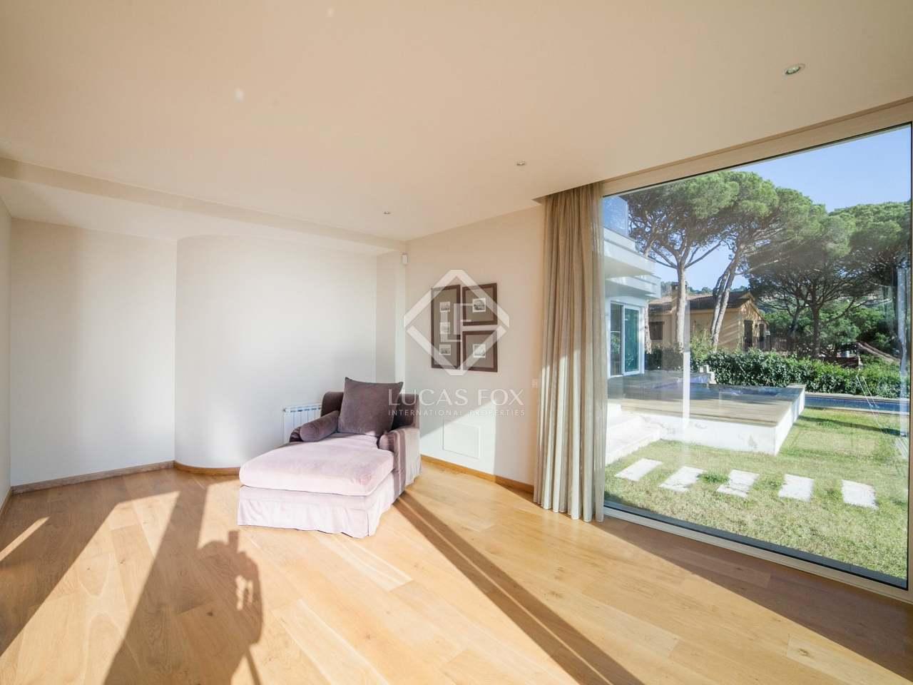 Luxe costa brava villa te koop in blanes met uitzicht op zee - Uitzonderlijke badkamer ...
