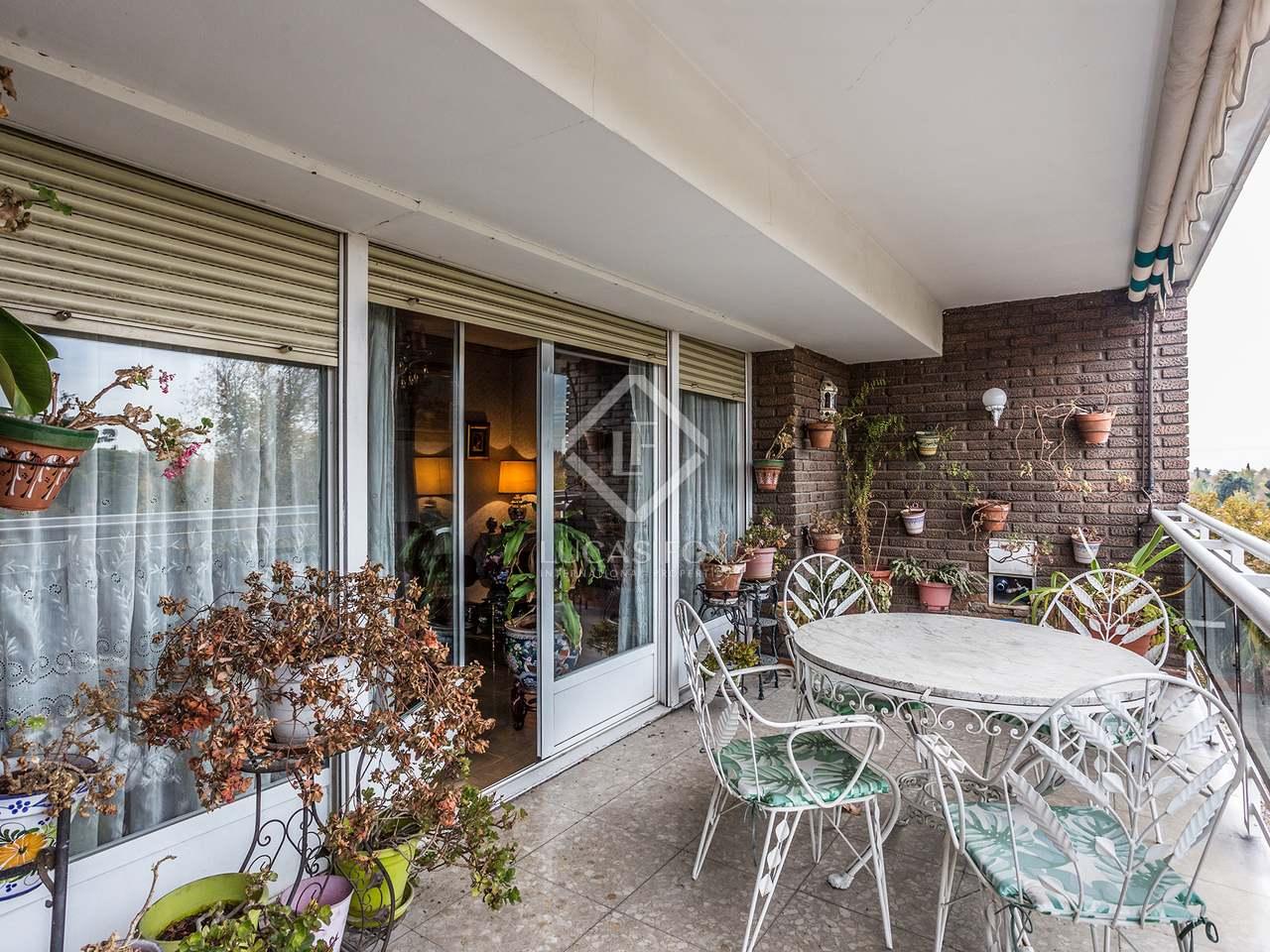 Piso de 325m con terraza de 15m en venta en retiro madrid for Pisos con terraza madrid