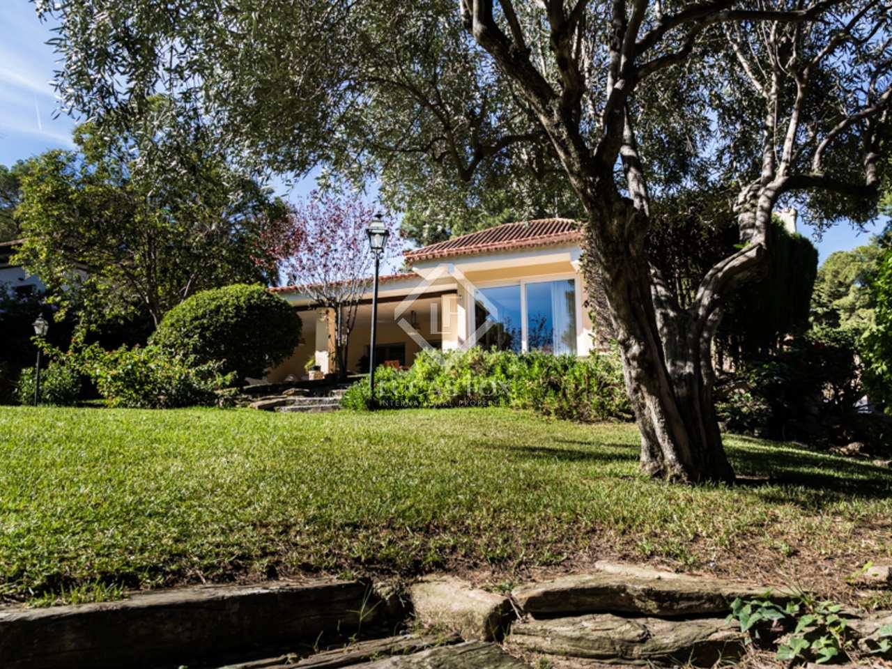 Villa en vente godella 10 minutes de valence for Piscine jardin valence