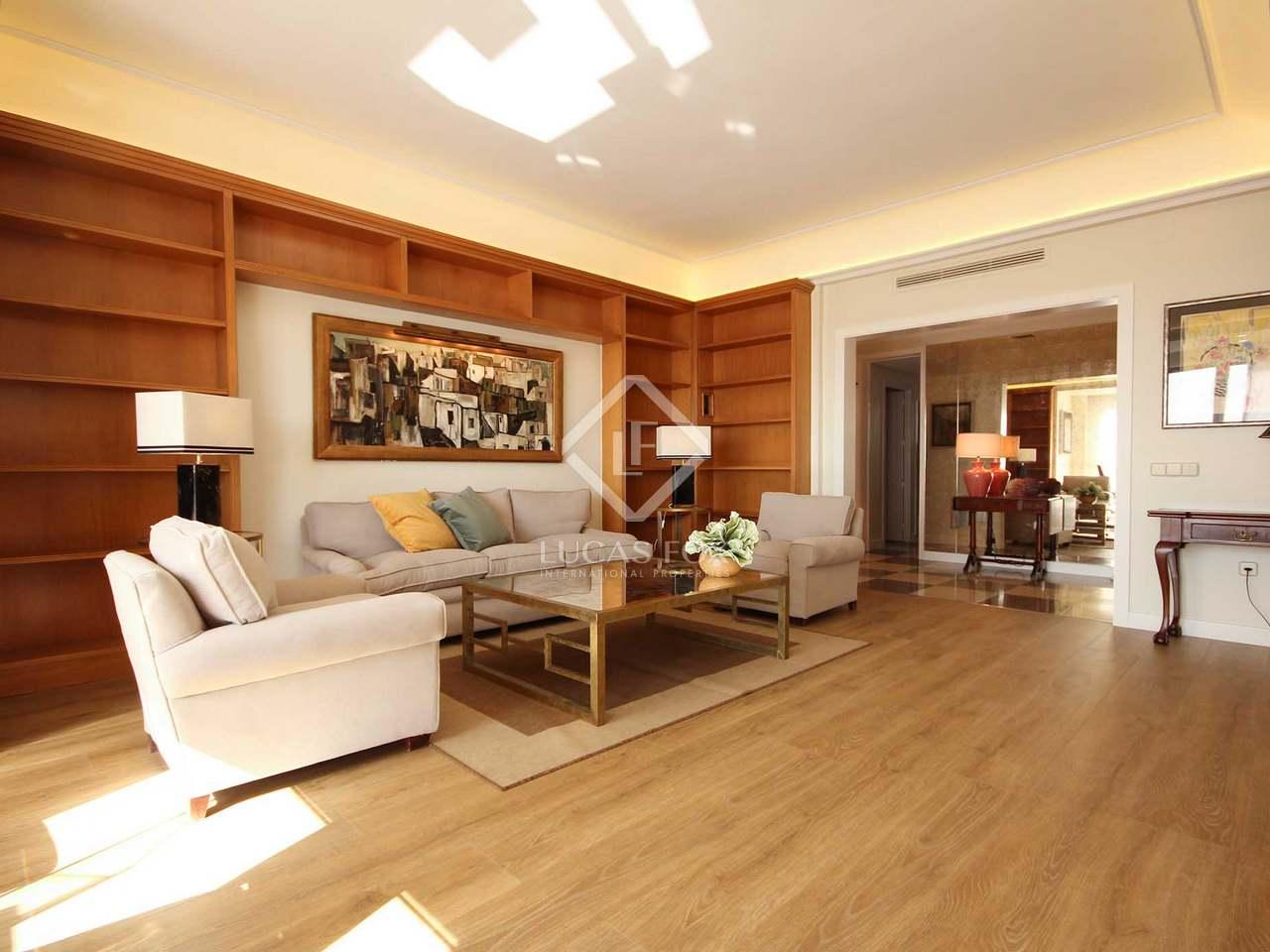 Apartamento de 115m en alquiler en almagro madrid for Alquiler de dormitorios