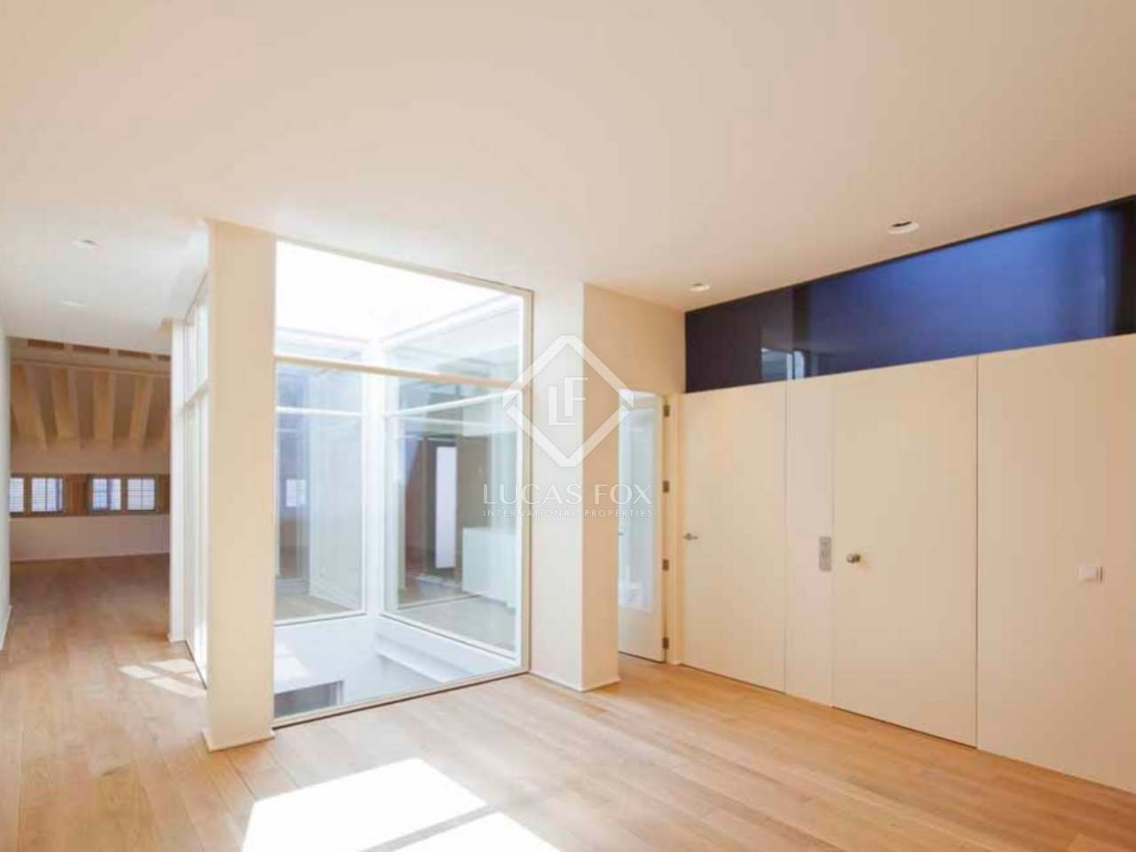 Penthouse apartment for sale in centre of palma mallorca for Penthouse apartment for sale