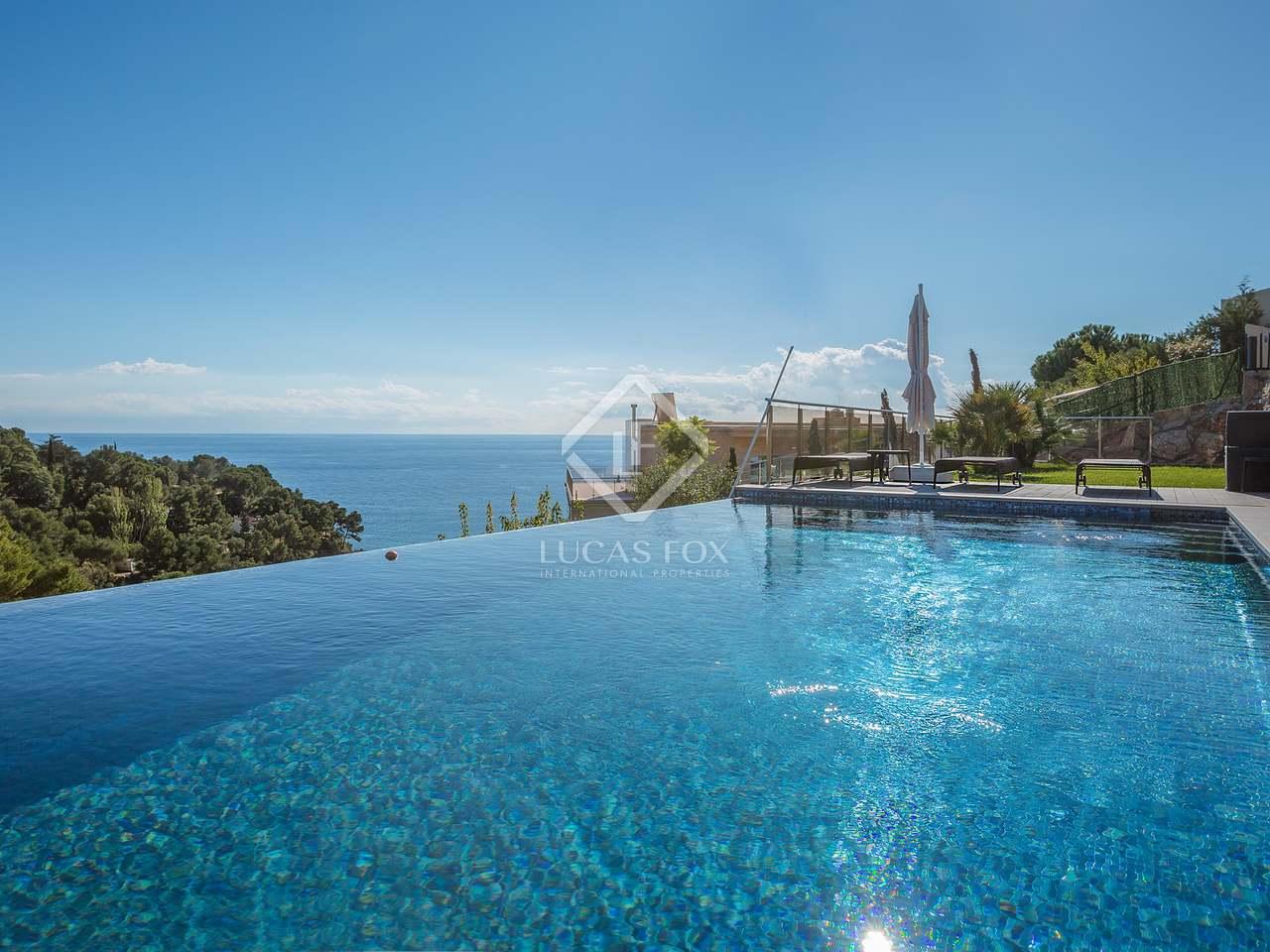 Maison villa de 449m a vendre lloret de mar tossa for Location maison lloret del mar avec piscine