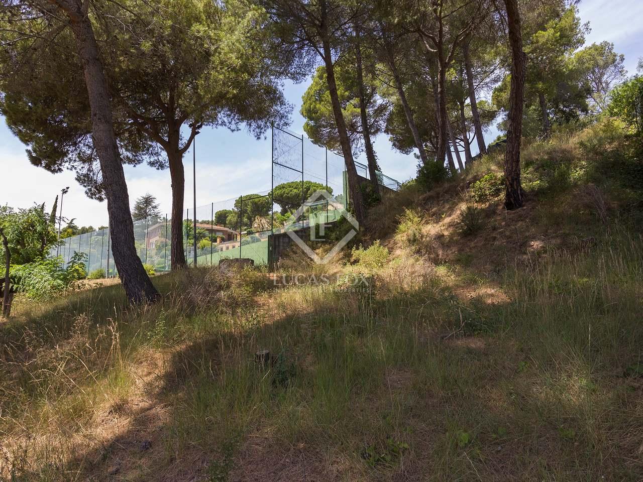 Terrain b tir de 3 398m a vendre sant cugat avec 3 for Jardin anglais caracteristiques