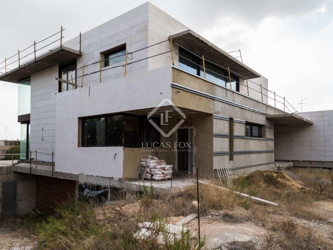 Luxury villa for sale in godella valencia for Villas valencia