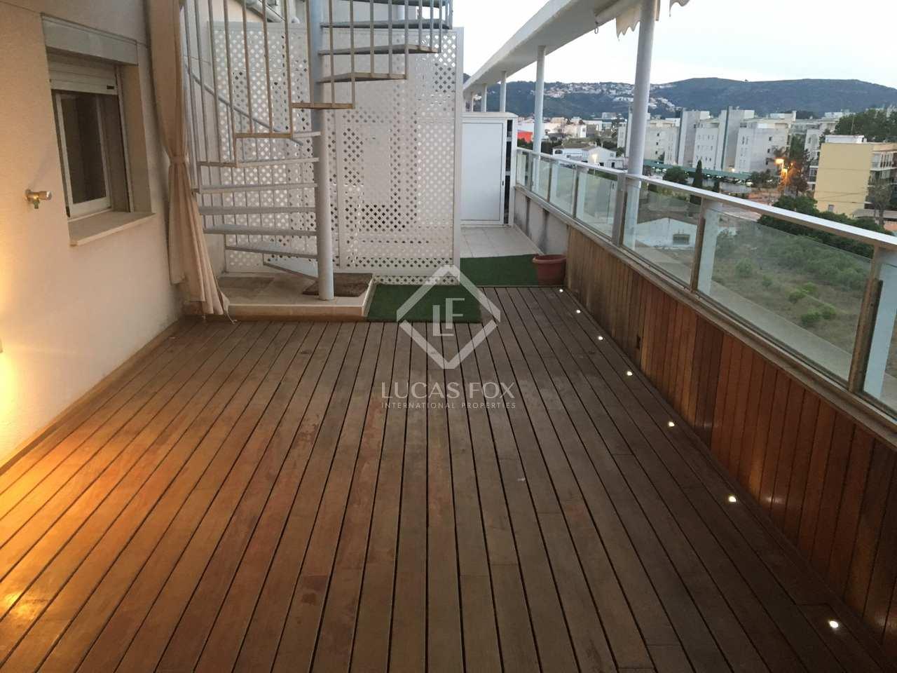 257m wohnung mit 157m terrasse zum verkauf in d nia. Black Bedroom Furniture Sets. Home Design Ideas