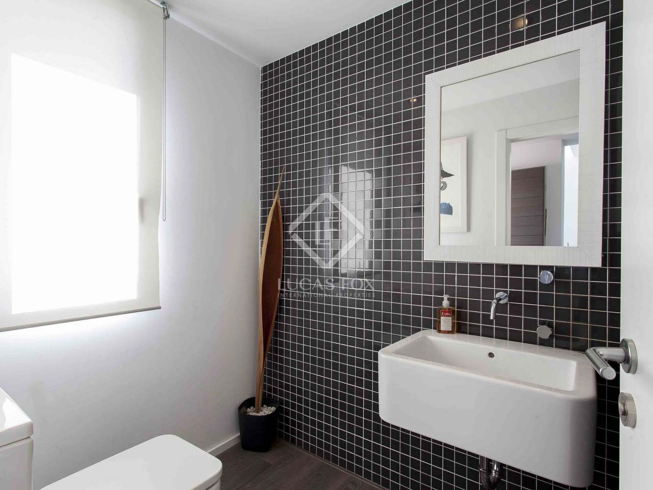 contemporary bathrooms images 397 m 178 house for in b 233 valencia 12476