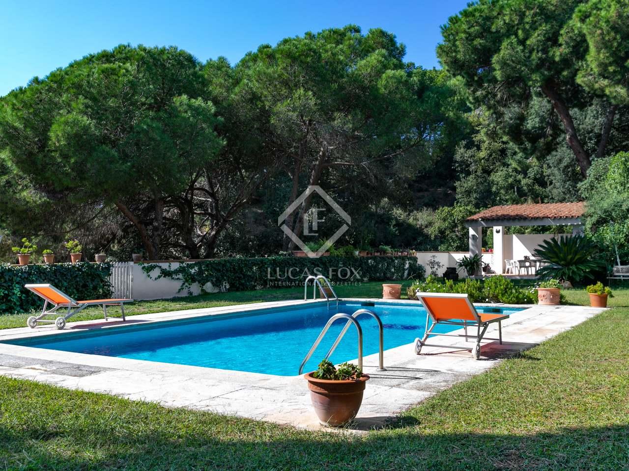 Villa de 331 m en venta en sant andreu de llavaneres for Piscina sant andreu
