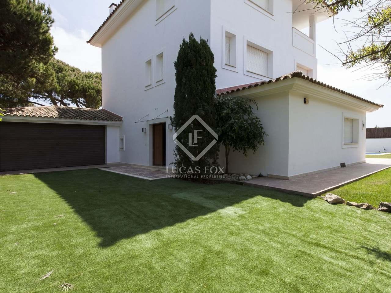 Maison villa de 322m a vendre castelldefels avec for Jardin anglais caracteristiques