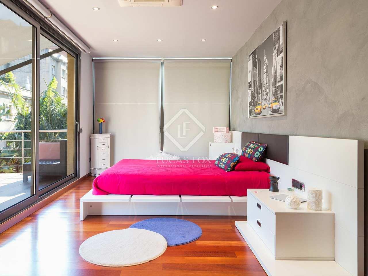 207m haus villa mit 453m garten zum verkauf in gr cia. Black Bedroom Furniture Sets. Home Design Ideas