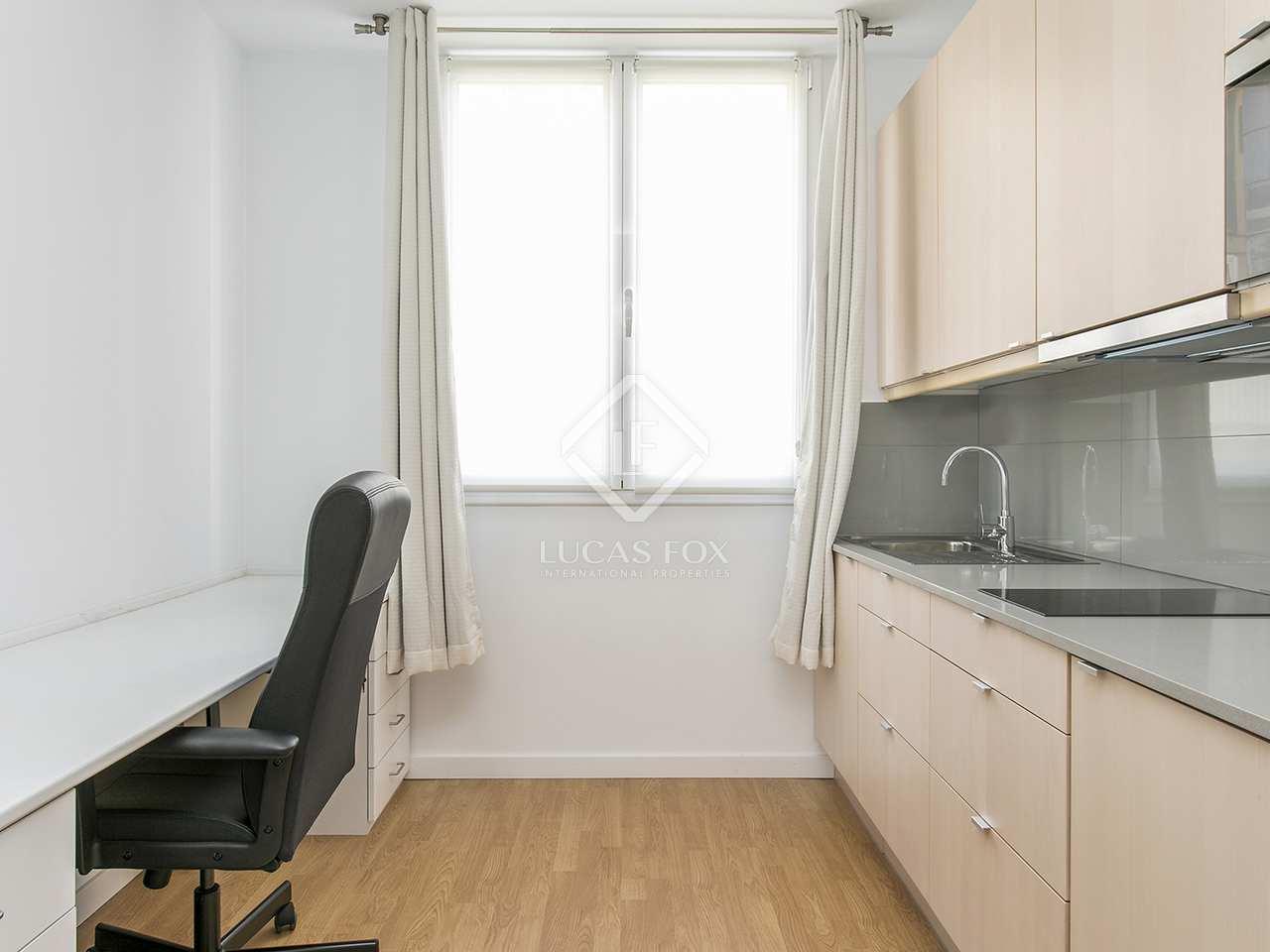 Appartamento di 220m in affitto a gotico barcellona for Camere in affitto a barcellona