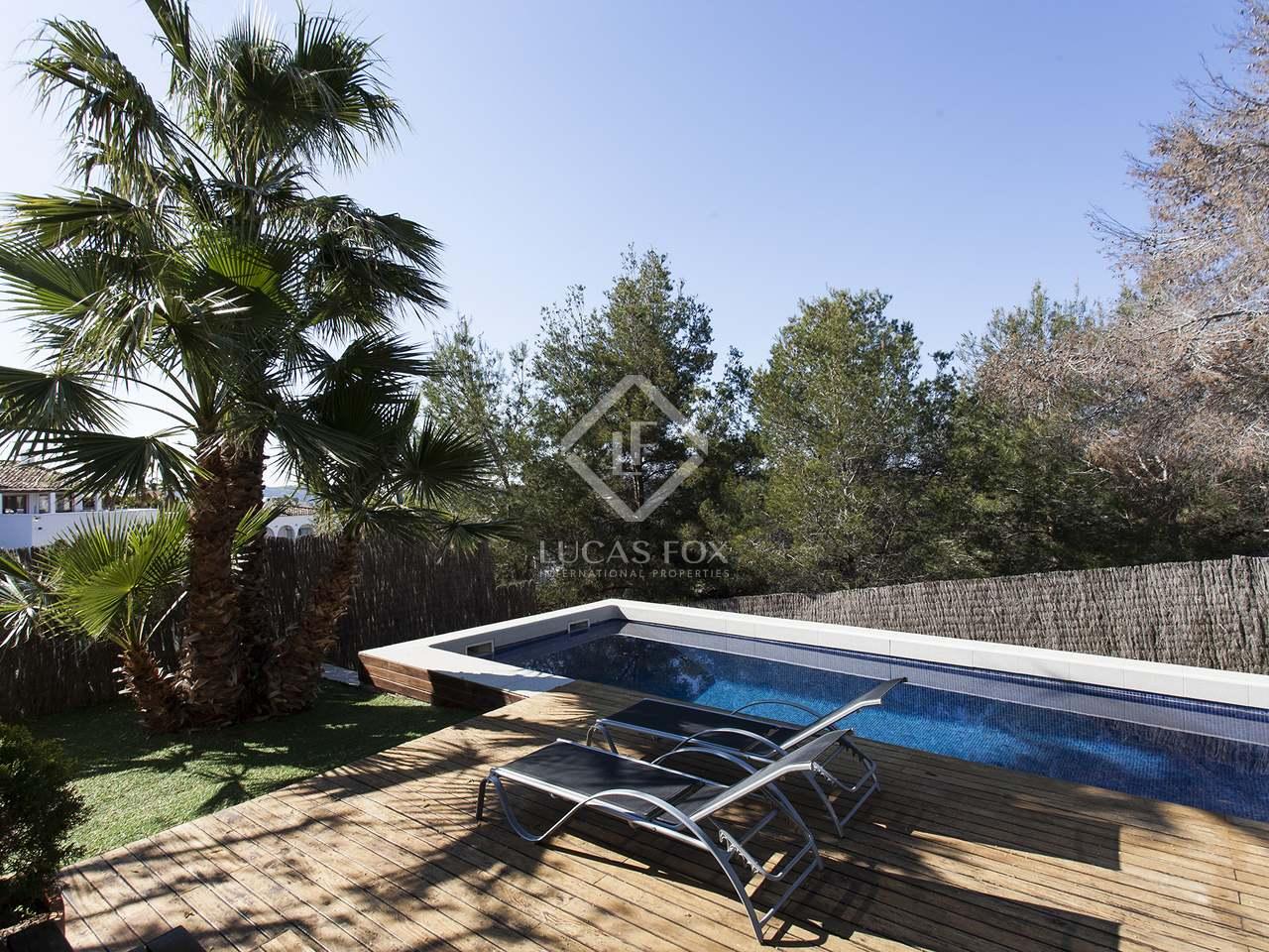 Casa moderna con piscina y jard n y en perfecto estado - Piscina y jardin ...