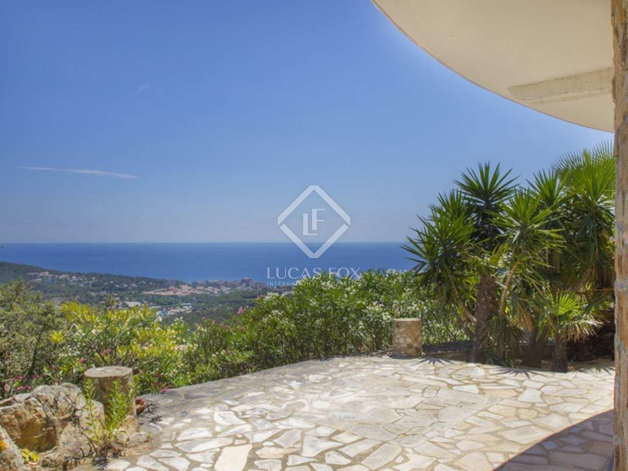 Propiedad exclusiva con vistas al mar en venta costa brava - Casa playa costa brava ...