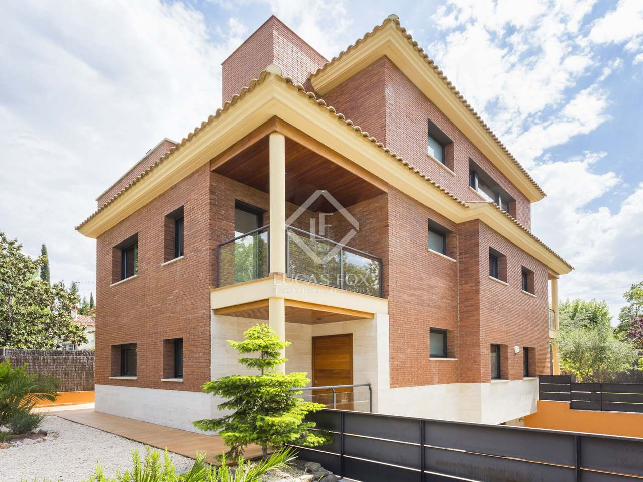 House for sale in mirasol sant cugat for Corner 4 sant cugat