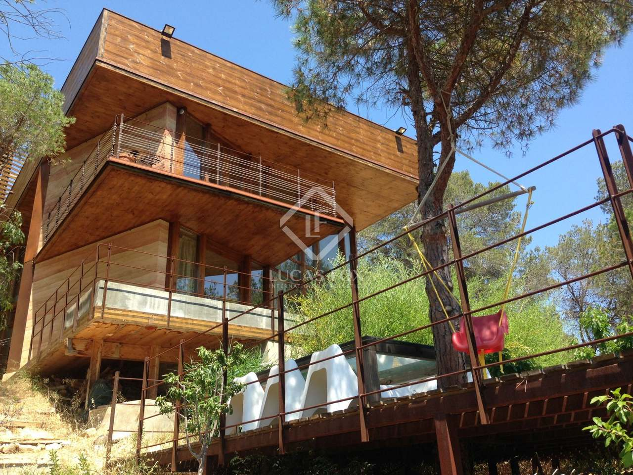 3 storey eco home for sale in olivella near sitges for Eco houses for sale