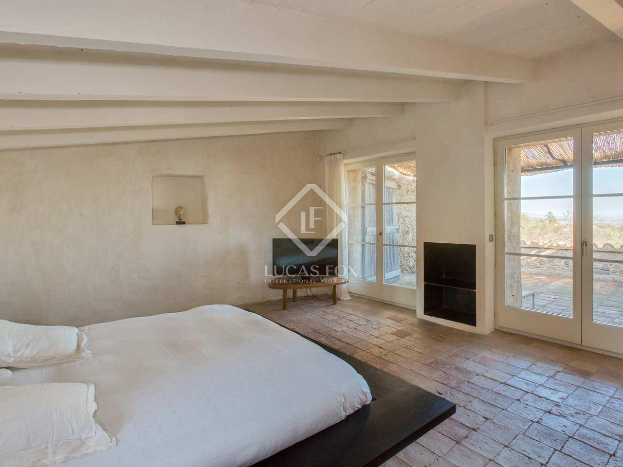 Casa rural con vistas espectaculares en venta en el baix - Casas espectaculares en espana ...