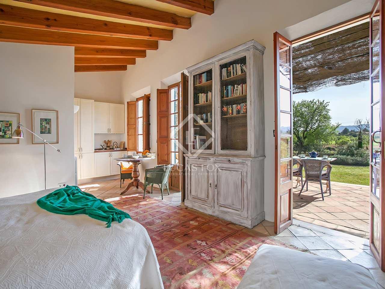 landhaus zum verkauf in establiments mallorca nahe palma. Black Bedroom Furniture Sets. Home Design Ideas