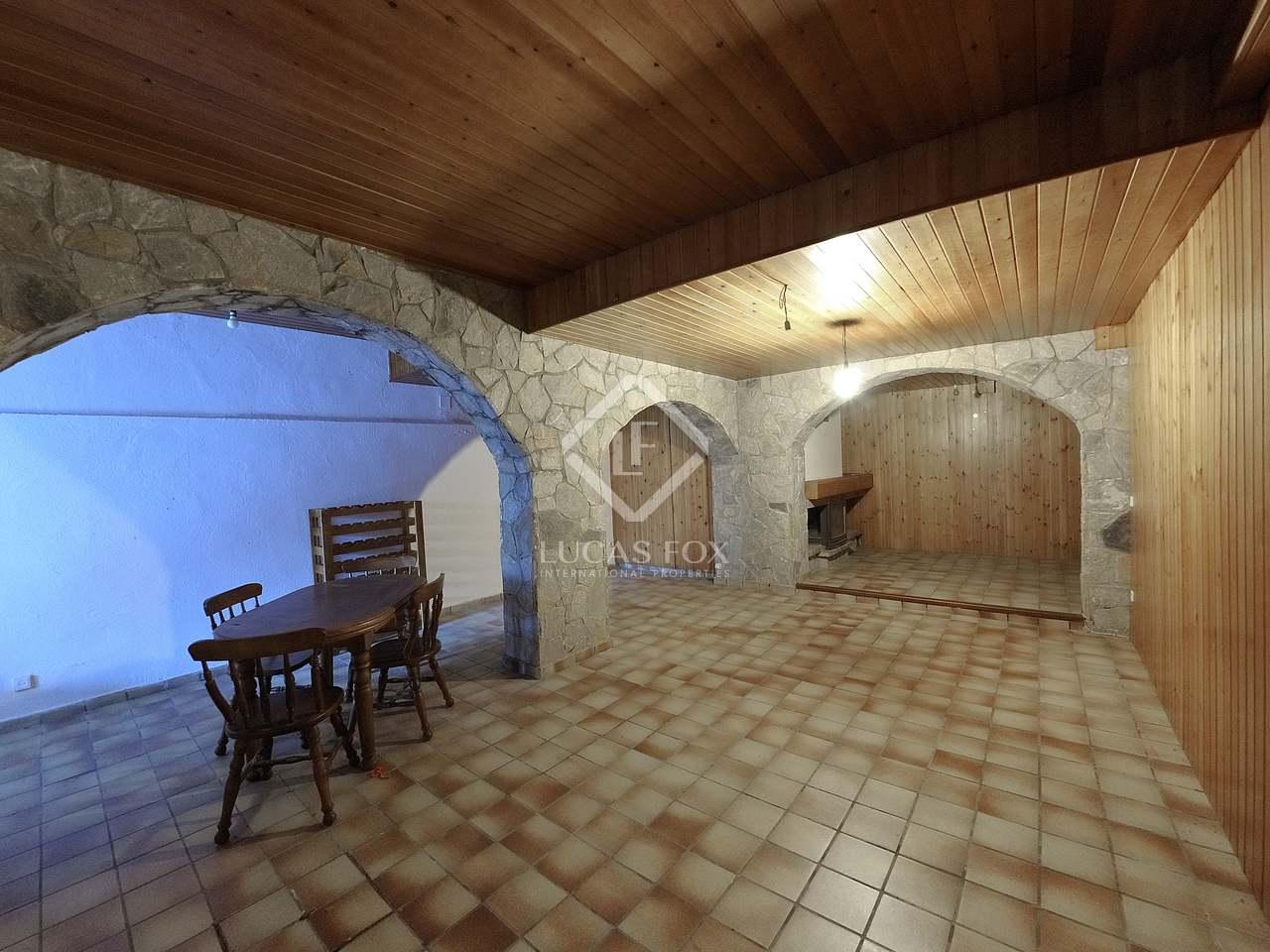 maison villa de 519m a vendre castelldefels barcelone. Black Bedroom Furniture Sets. Home Design Ideas