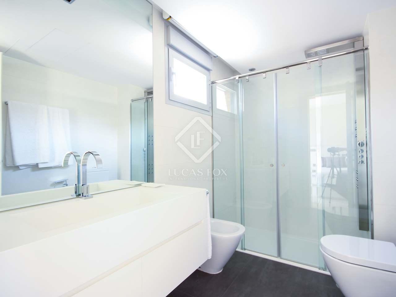 207m wohnung mit 10m terrasse zur miete in recoletos. Black Bedroom Furniture Sets. Home Design Ideas
