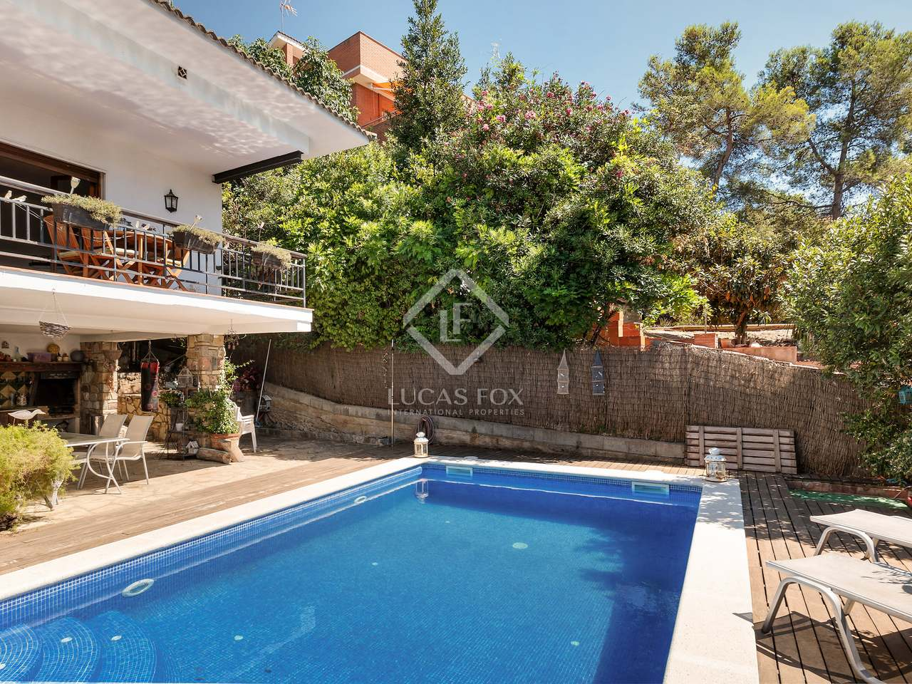 192 M Villa With 535 M Garden For Sale In Sant Cugat
