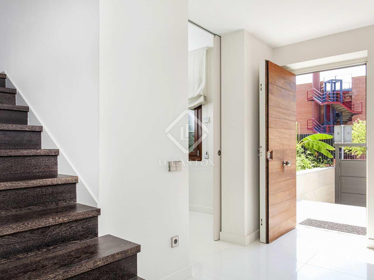 Casa de 5 dormitorios en alquiler en sarri bonanova for Alquiler casa jardin barcelona