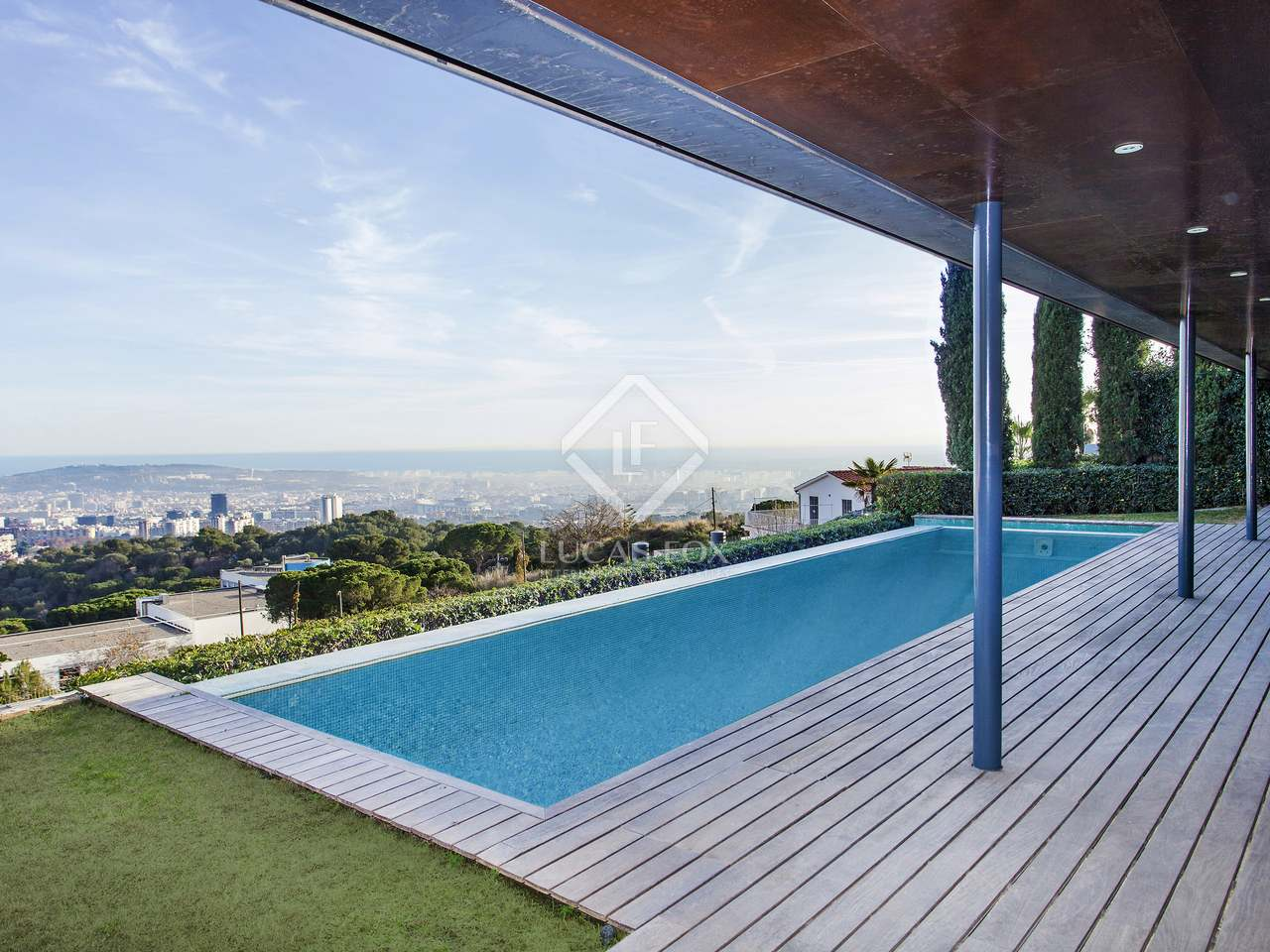 Maison villa de 669m a vendre sarri barcelone for Piscine w barcelone
