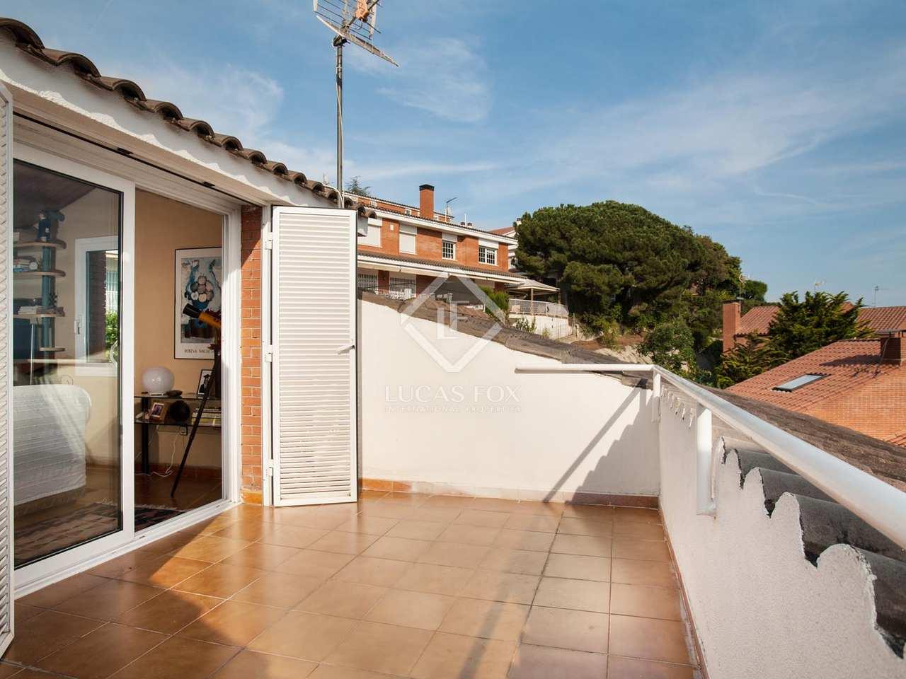Casa con 4 dormitorios y jard n privado en venta en tei for Jardin villa bonita culiacan
