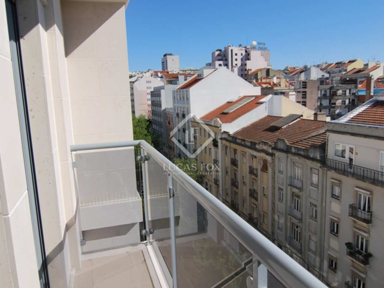 appartement de 210m a vendre lisbonne portugal. Black Bedroom Furniture Sets. Home Design Ideas