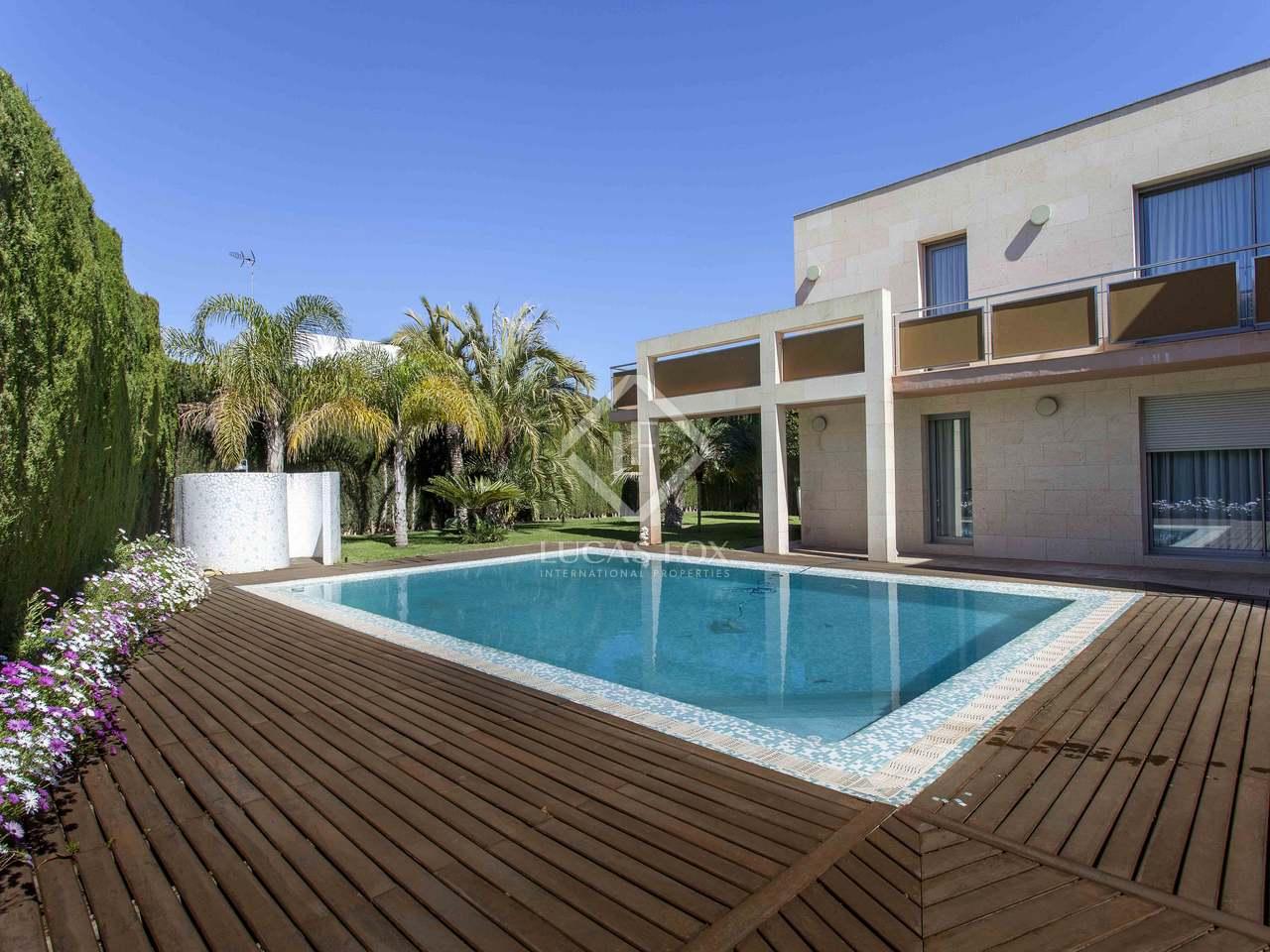 chalet moderno con piscina en alquiler en campolivar godella