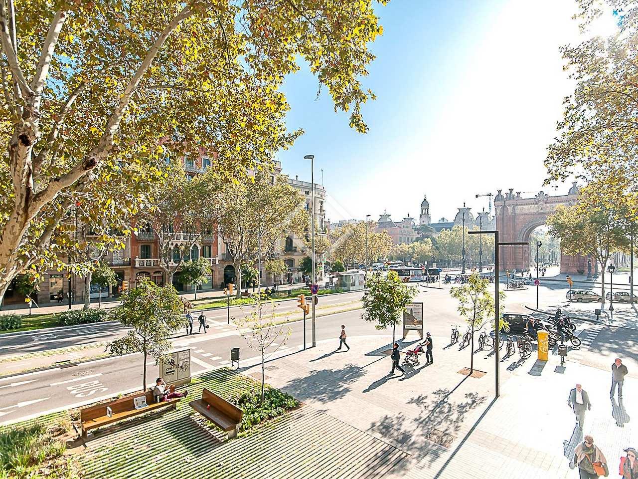 Appartement r nov en vente l 39 eixample barcelone for Appart hotel barcelone avec piscine
