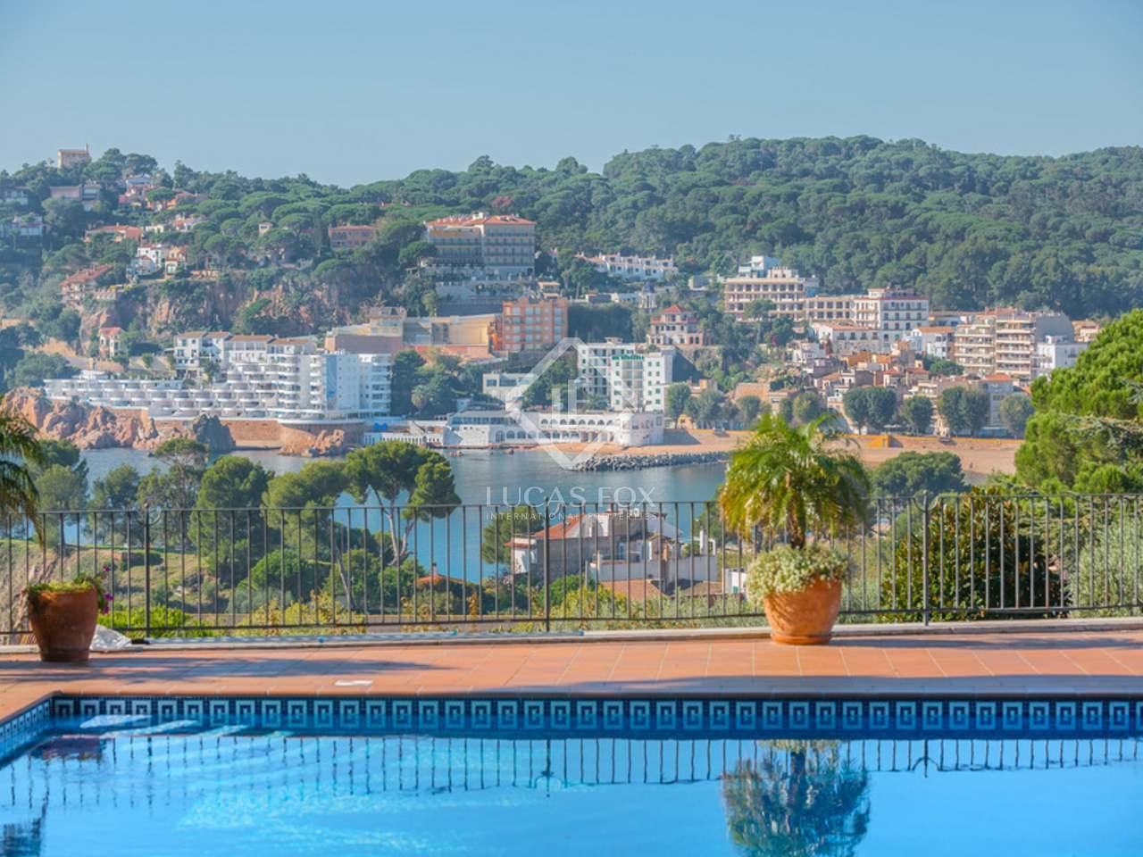 Luxury mansion for sale in Sant Feliu de Guíxols