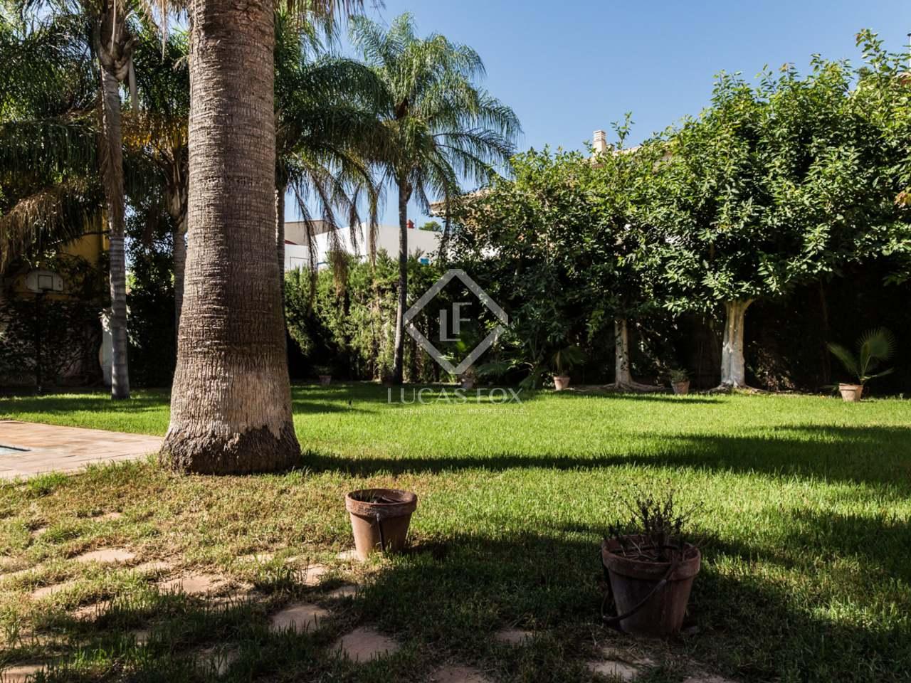 Maison villa de 253m a vendre godella rocafort avec for Jardin anglais caracteristiques