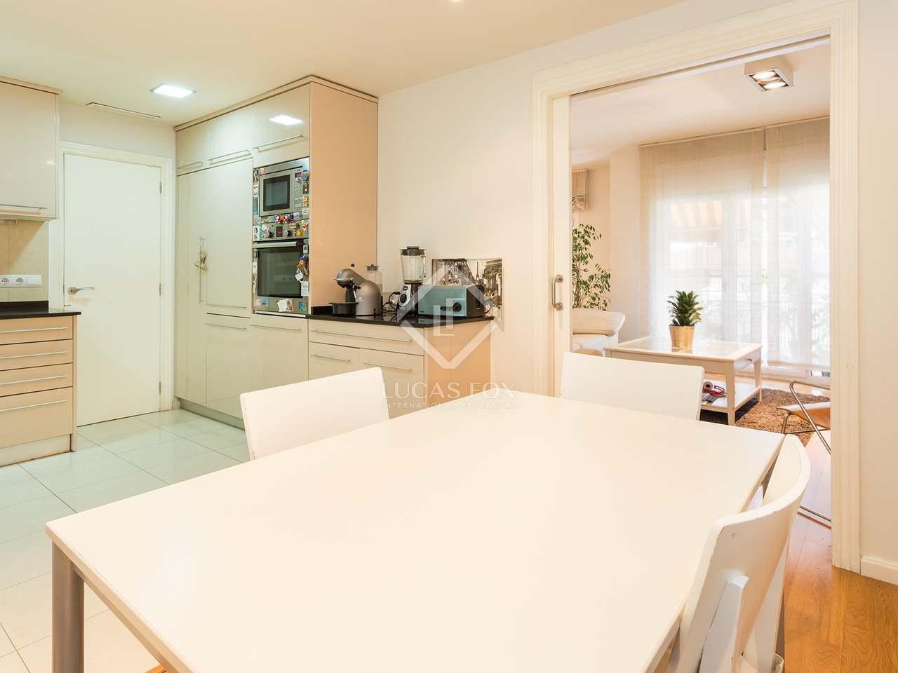 93m wohnung zum verkauf in sant gervasi galvany. Black Bedroom Furniture Sets. Home Design Ideas