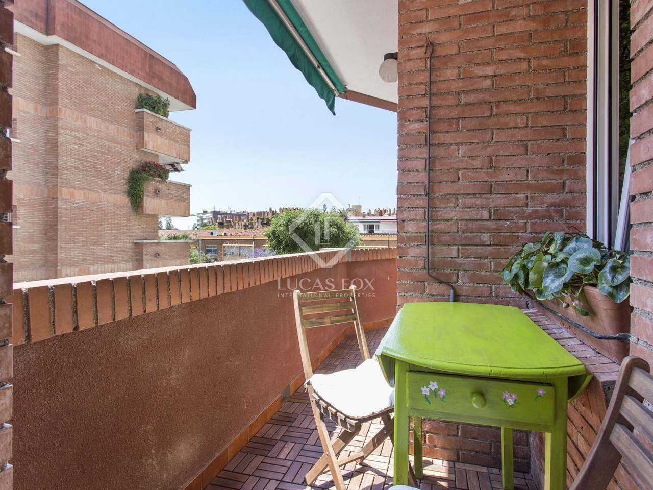 Appartement de 94m a vendre tres torres barcelone for Appartement barcelone piscine