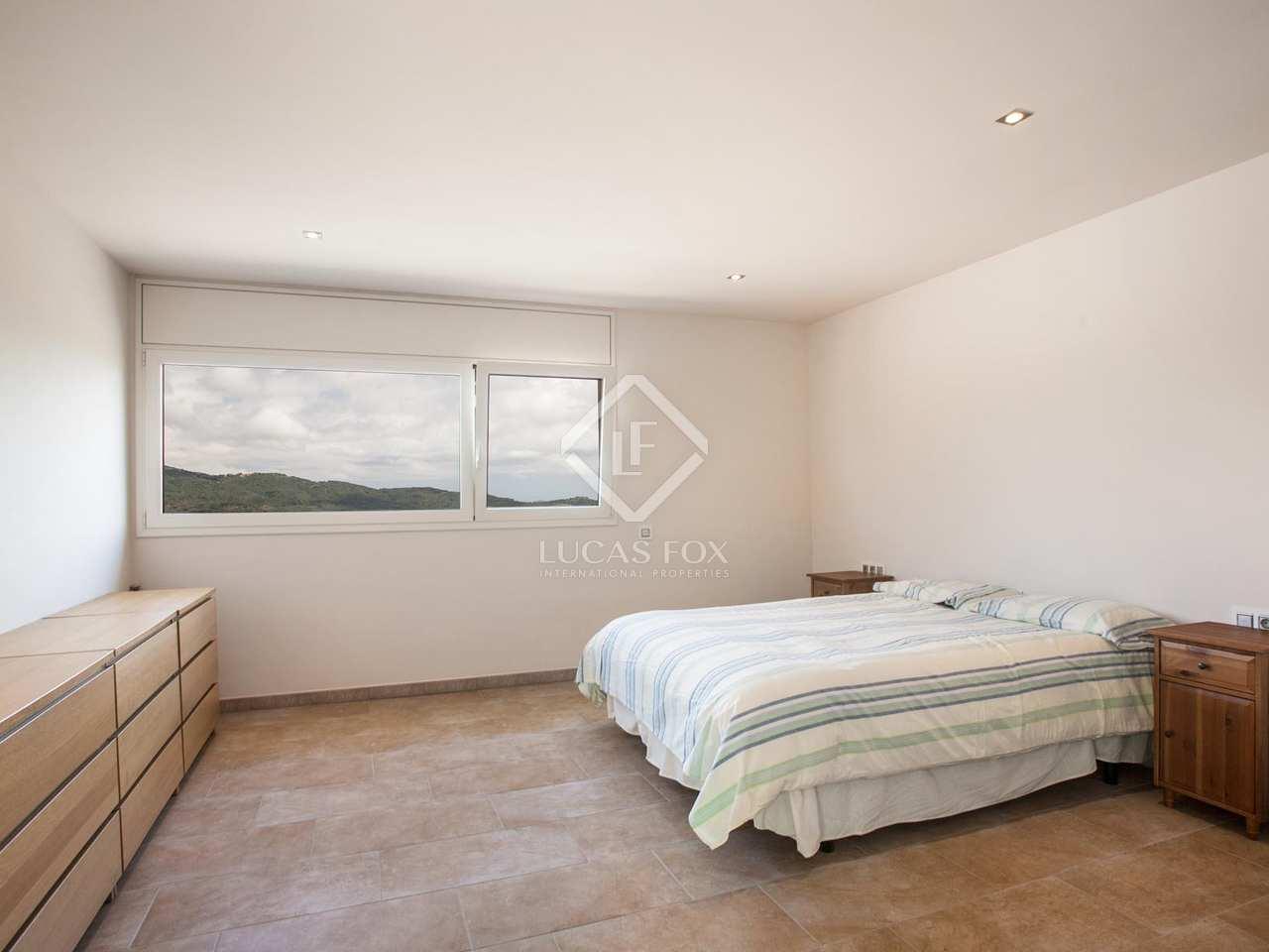 Stunning 5 bedroom house for sale in argentona maresme for 5 bedroom house for sale