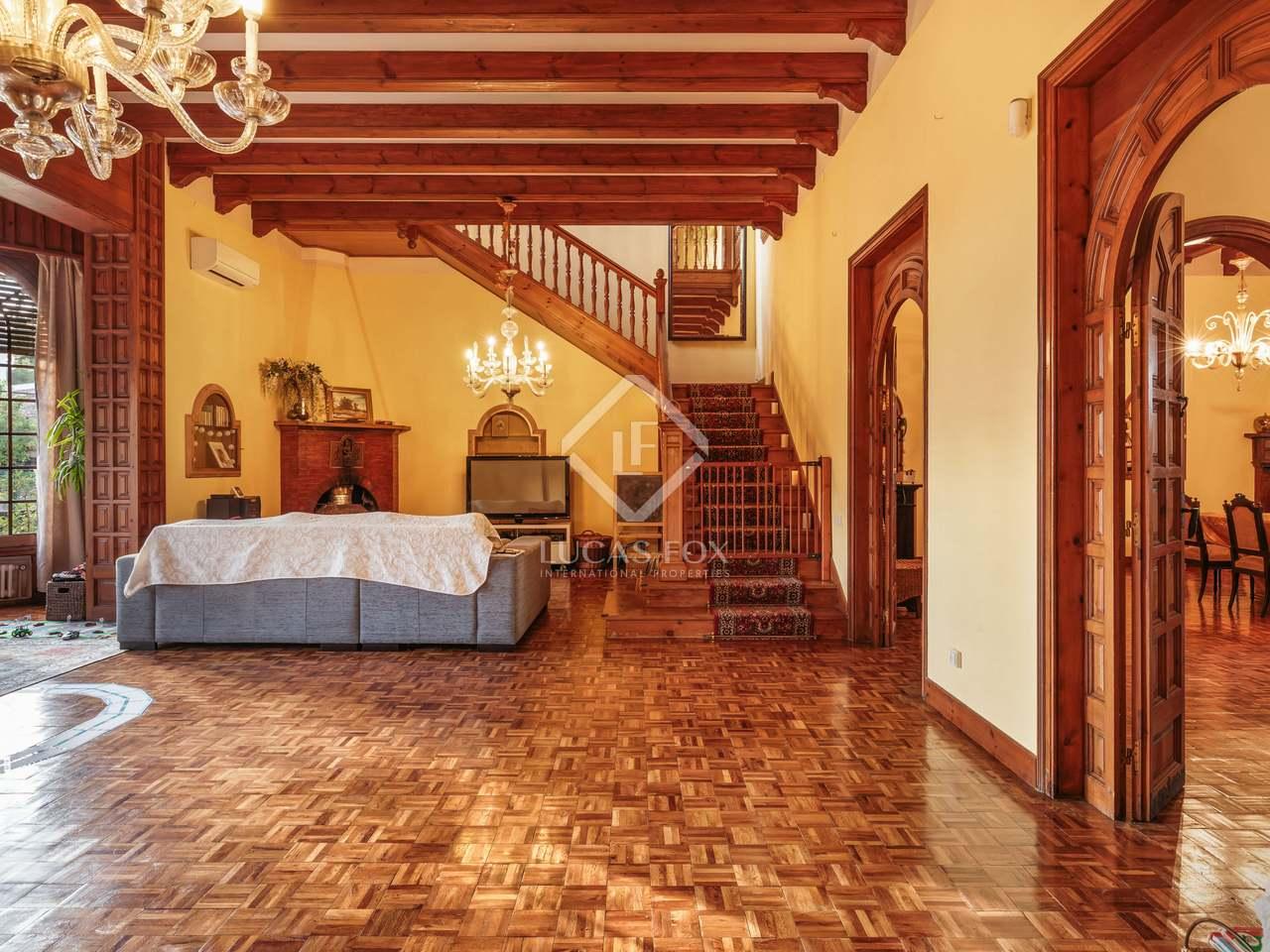maison villa de 899m a vendre castelldefels barcelone. Black Bedroom Furniture Sets. Home Design Ideas