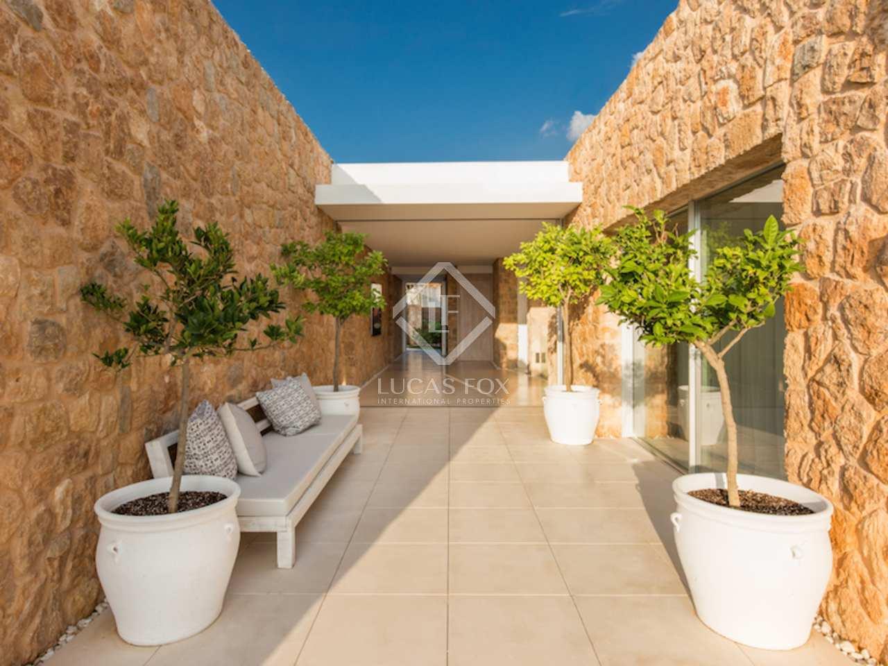 423m haus villa mit 880m garten zum verkauf in san jos. Black Bedroom Furniture Sets. Home Design Ideas