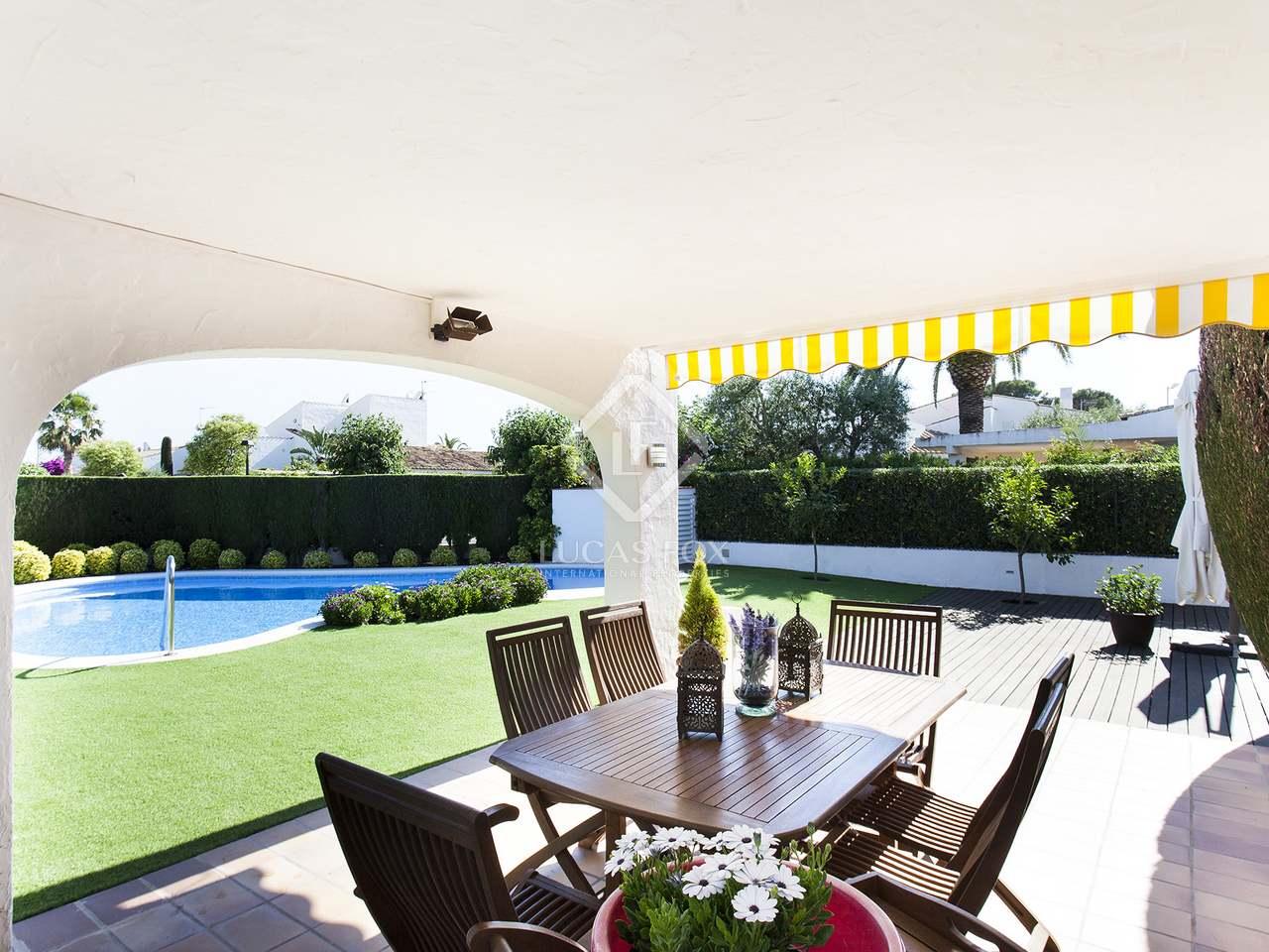 Villa de 244 m en venta en sant pere de ribes sitges for Piscina sant pere de ribes