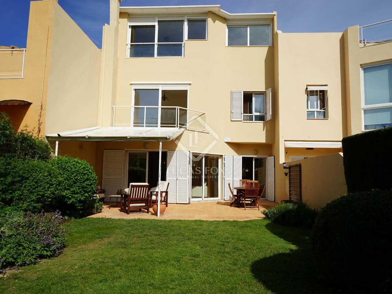 Casa de 221m con jard n de 180m en alquiler en b tera - Casas en betera ...