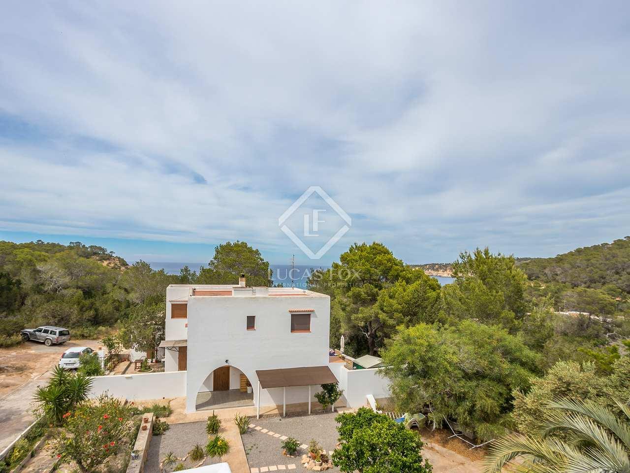Villa de 99m en venta en cala xarraca san juan for Jardin villa bonita culiacan