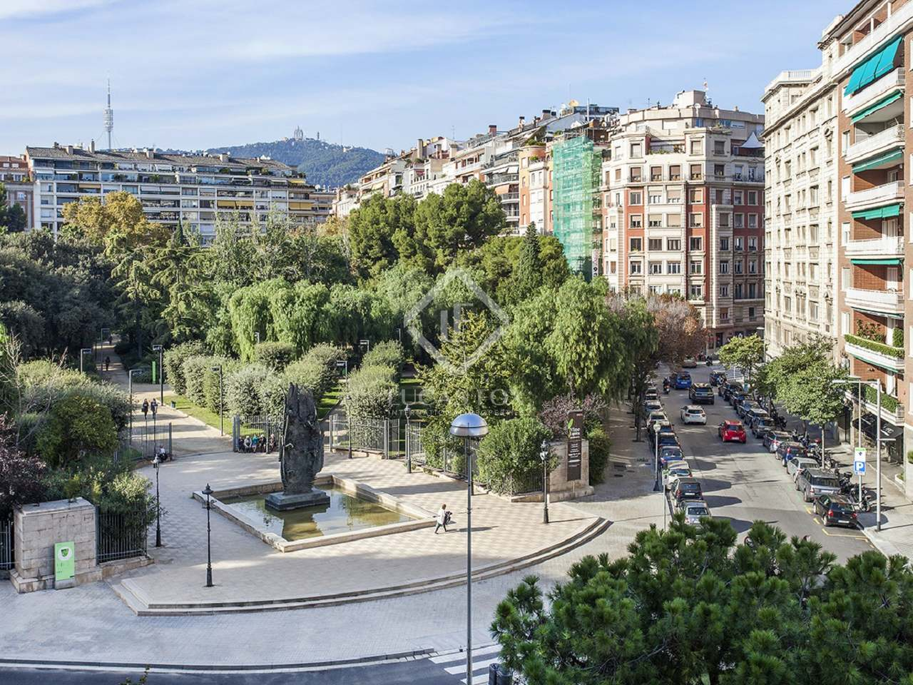 Appartement de 453m a vendre tur park avec 22m terrasse for Piscine w barcelone