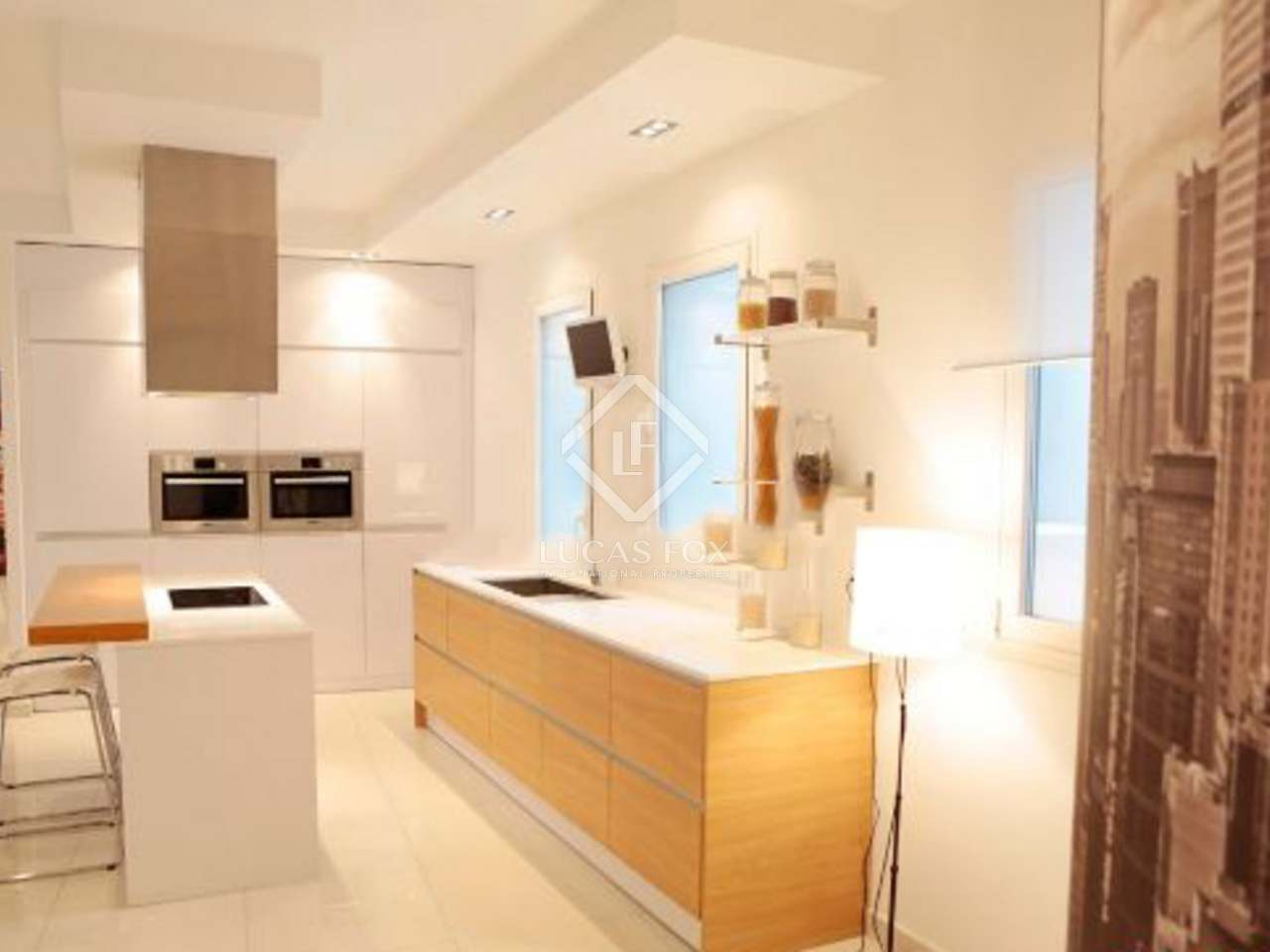 Excellent apartment for sale next to retiro park madrid for Bathrooms in retiro park
