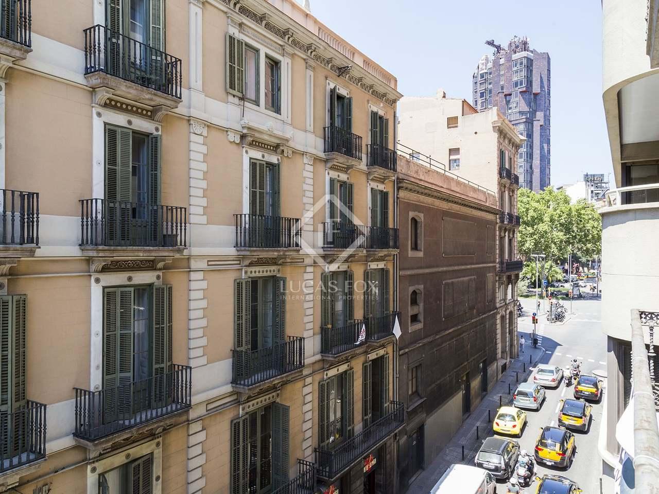 apartamento en venta en el born en el casco antiguo de barcelona. Black Bedroom Furniture Sets. Home Design Ideas