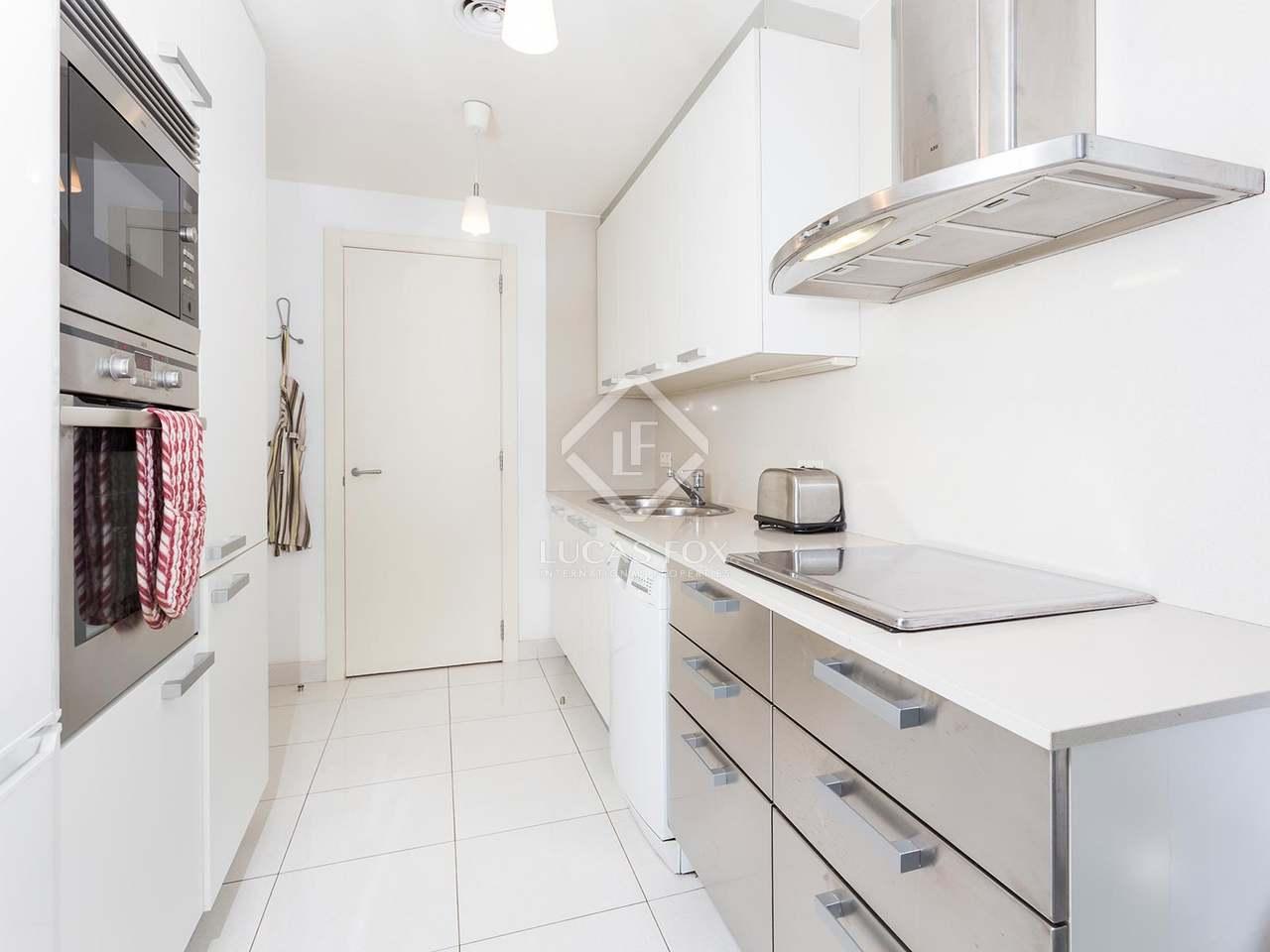 85m wohnung mit 31m terrasse zum verkauf in diagonal mar. Black Bedroom Furniture Sets. Home Design Ideas