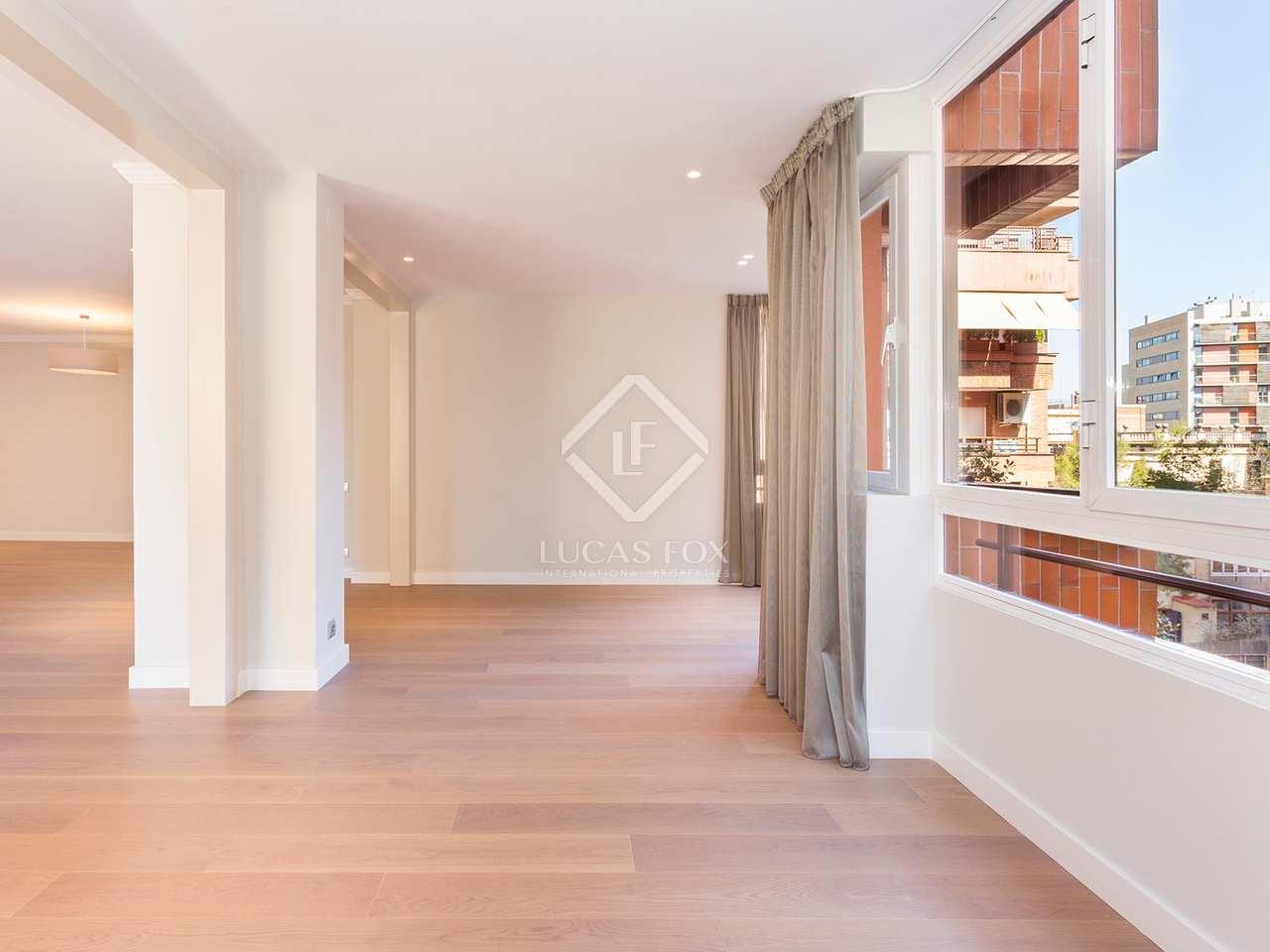 Appartement de 307m a vendre tres torres barcelone for Appartement avec piscine barcelone